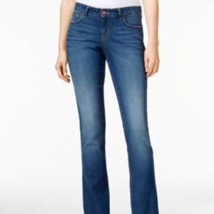 Style & Co Size 4 Curvy-Fit Bootcut Low-Rise Jeans